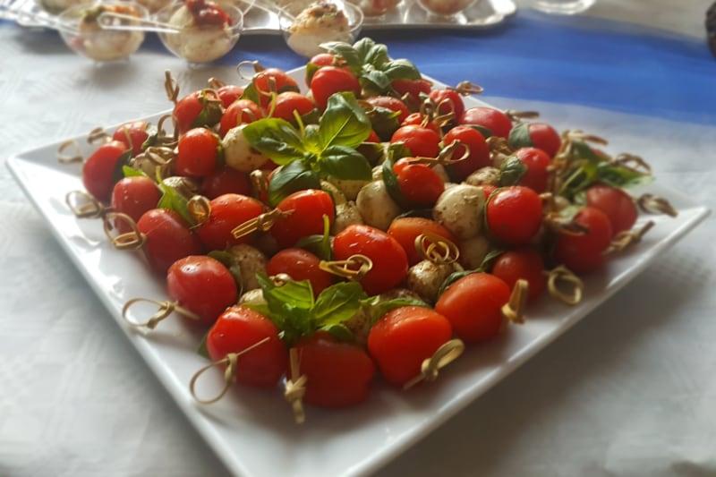 2Tasty Catering Salade met tomaat